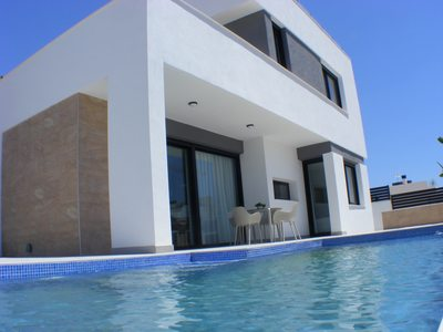 Ref:IPGD1030 Villa For Sale in Villamartin