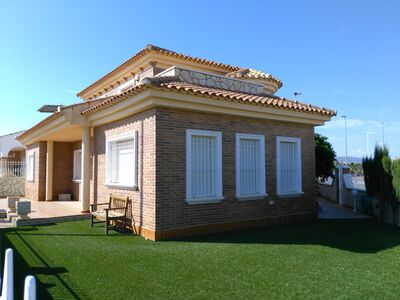 Ref:IPGF943468 Villa For Sale in Avileses