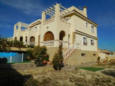 Ref:IPGG3303 Villa For Sale in MONFORTE DE CID