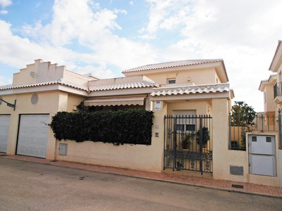 Ref:IPGO3814 Villa For Sale in Torrevieja