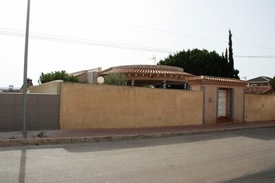 Ref:IPGO3855 Villa For Sale in Torrevieja