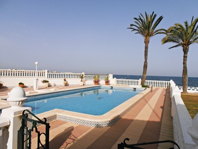 Ref:IPGO3857 Villa For Sale in Torrevieja