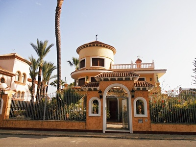 Ref:IPGO3867 Villa For Sale in Torrevieja