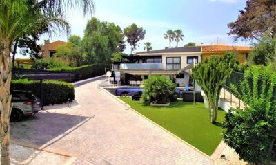 Ref:IPGO3885 Villa For Sale in Torrevieja