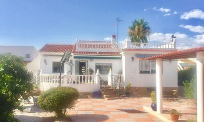 Ref:IPGO3911 Villa For Sale in Torrevieja